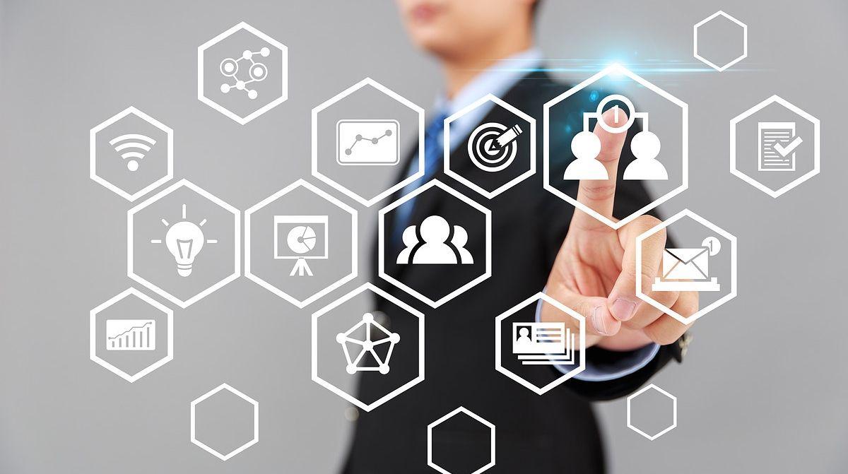 客户管理系统,客户关系管理,UPCRM,CRM